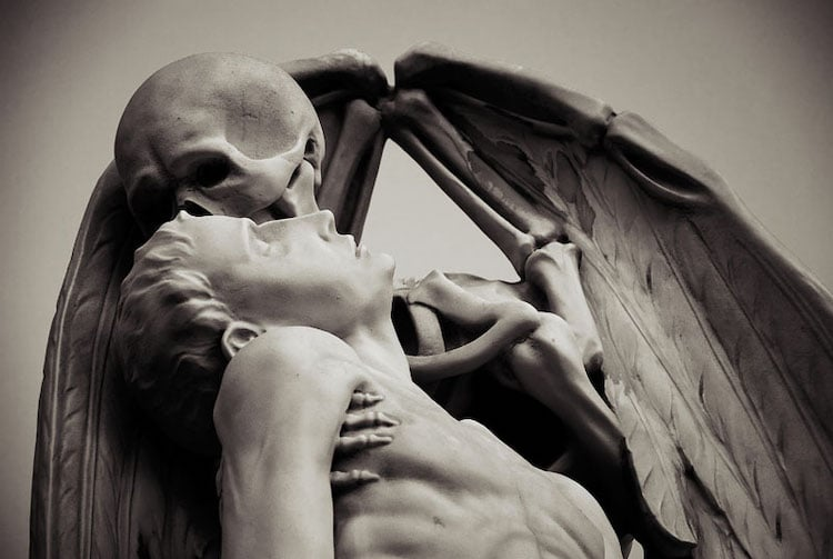 Marble Statue of Skeleton Kissing a Man in Barcelona