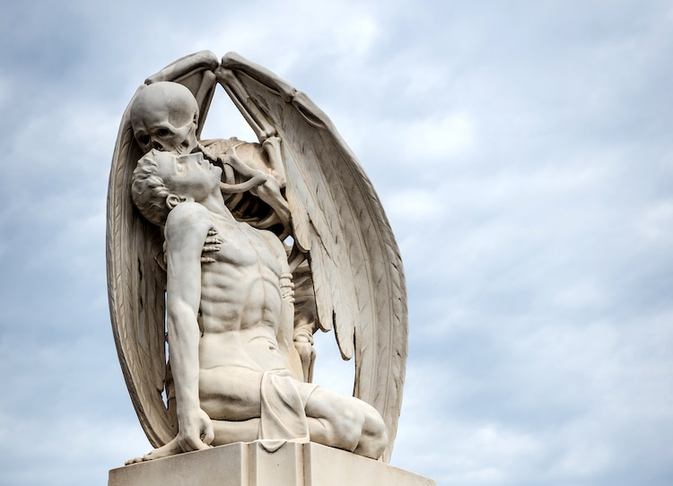 Kiss of Death Sculpture at Poblenou Cemetery in Barcelona