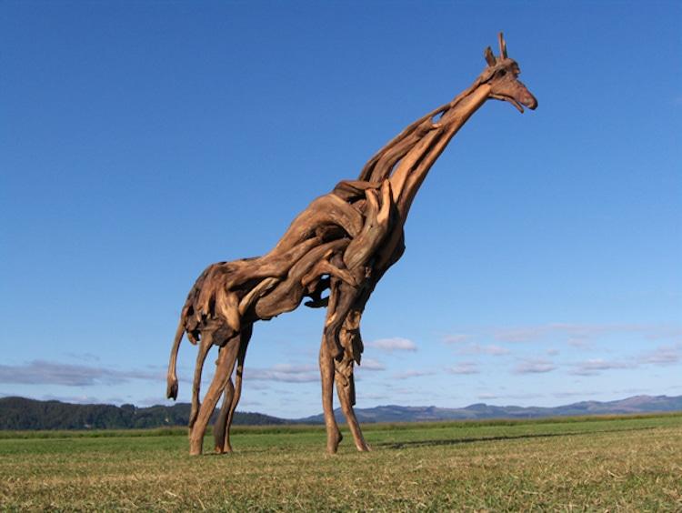 Esculturas de madera de deriva de Jeffro Uitto