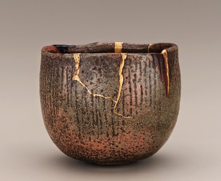 Ancient Kintsugi Japanese Art Broken Pottery