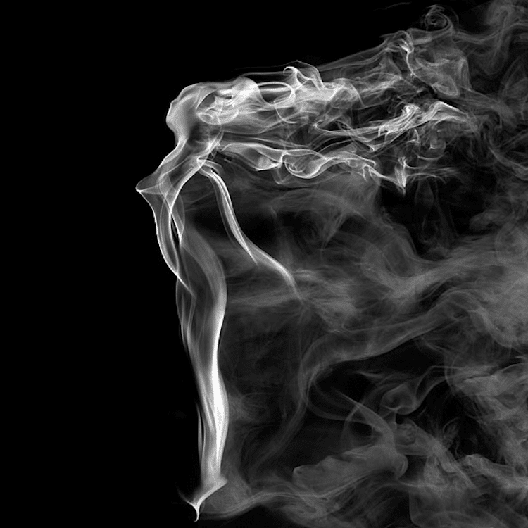 1-shape-shifting-smoke-art