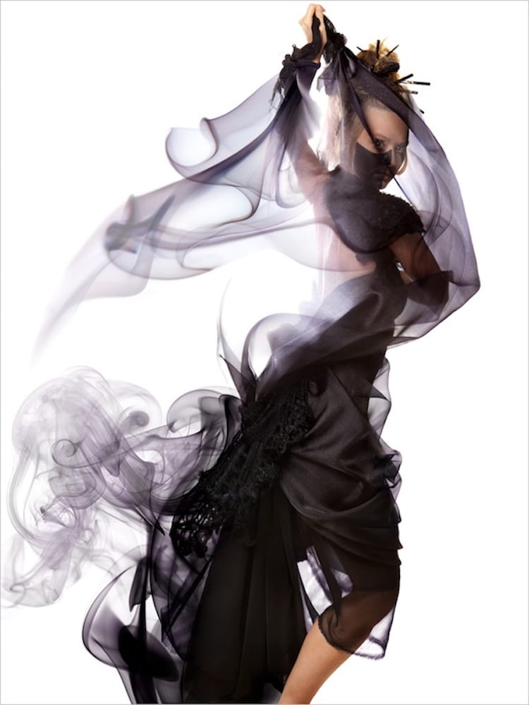 10-shape-shifting-smoke-art