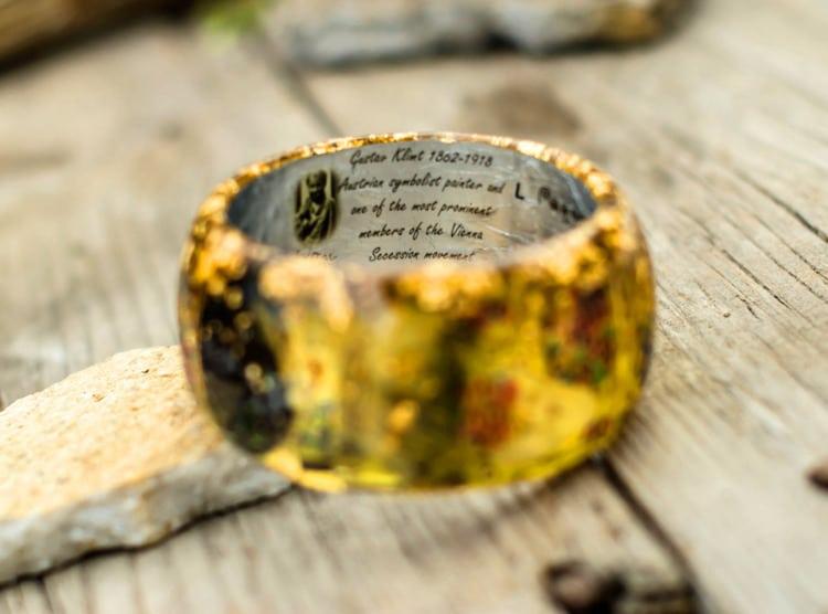 2-paganeuniques-fine-art-resin-bracelet-klimt