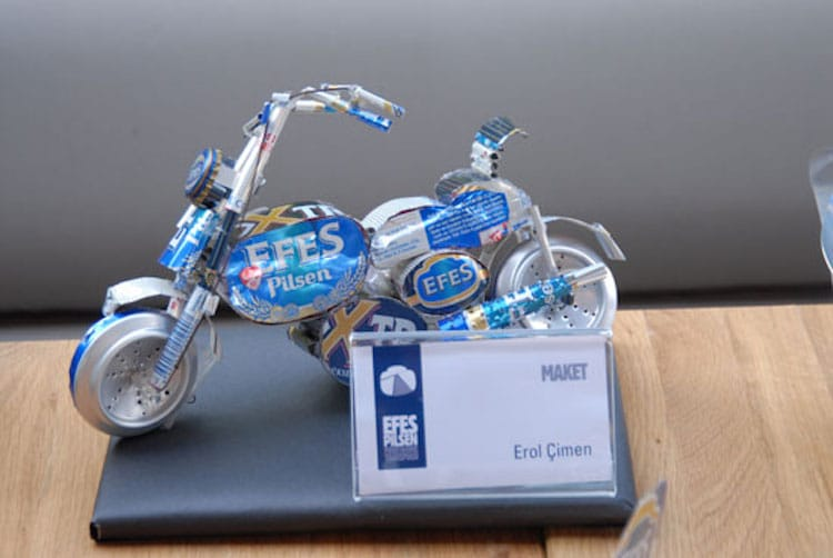 2-efes-pilsen-beer-can-sculpture