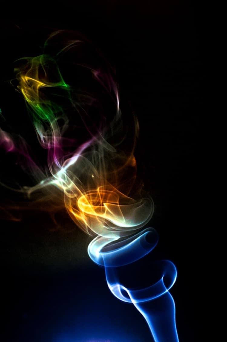 23-shape-shifting-smoke-art
