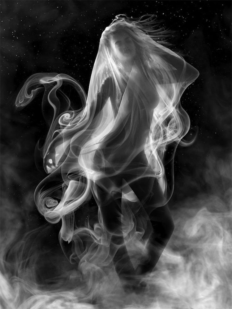 9-shape-shifting-smoke-art
