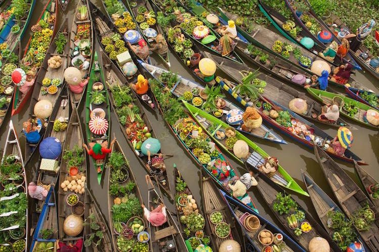 best photos Antonius Andre Tjiu Floating Market 2016