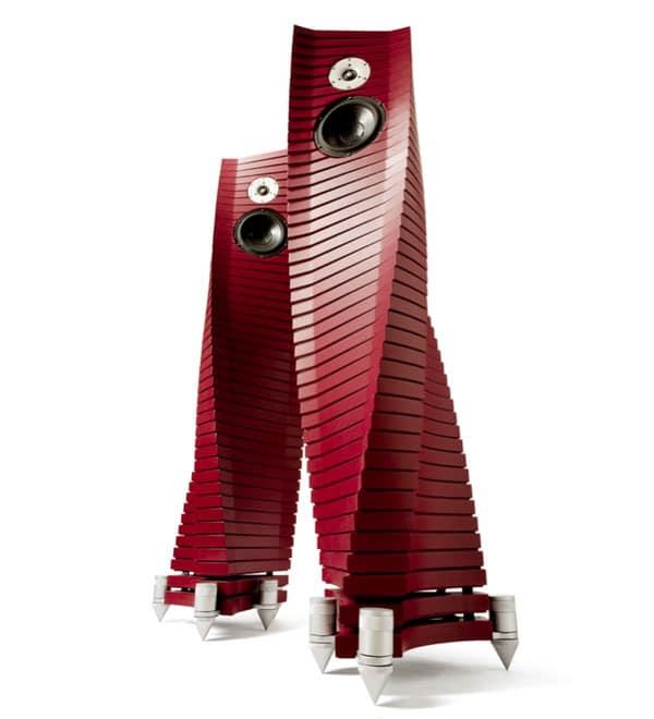 hyundai-elantra-tech-music-gadgets-1