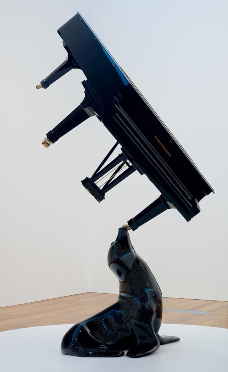 Michael Parekowhai horn of africa sculpture