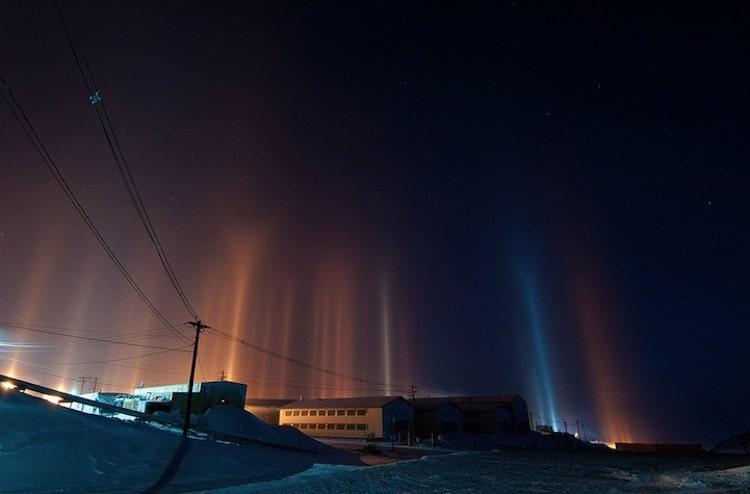 ay-callaghan-light-pillars-7