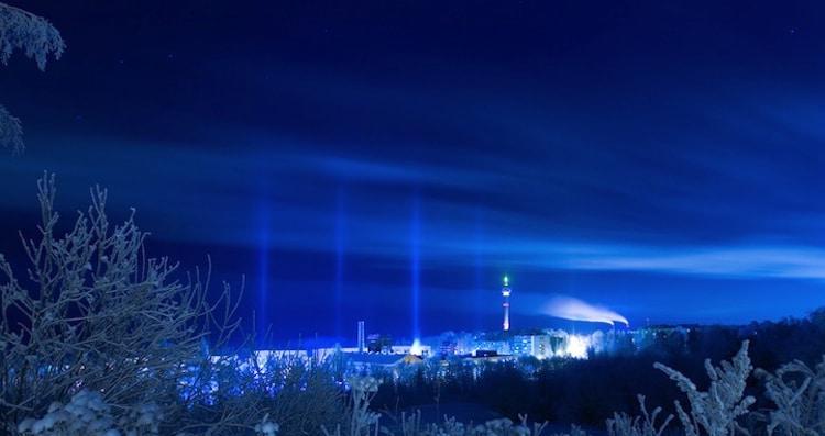 ay-callaghan-light-pillars-8