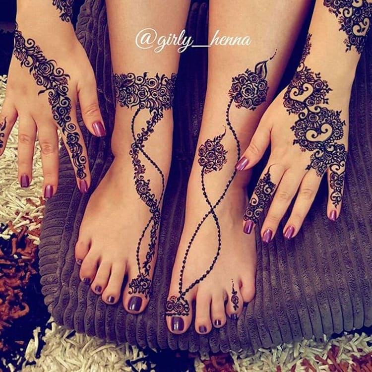 15 Gorgeously Designed Henna Tattoos With Unbelievably Intricate
