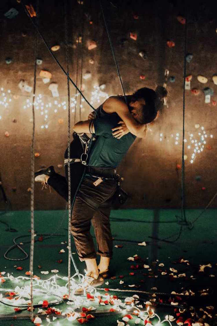 india earl rock climbing proposal maddy thorpe luis cardona