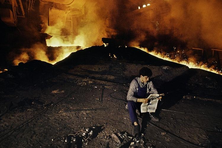 00038_18, MKS Steelworks, Serbia, Yugoslavia, 11/1989, SERBIA-10004. Man takes a break at MKS Steelworks.