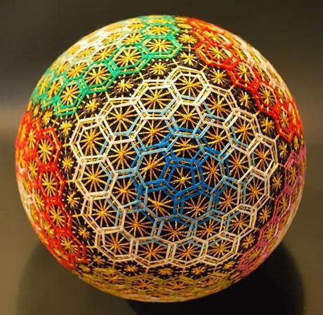 Temari ball with geometric design