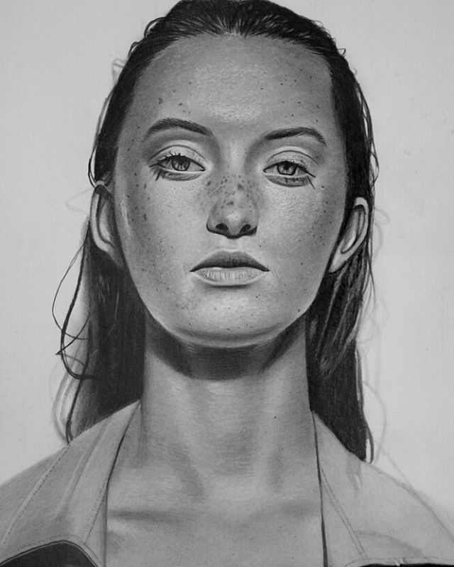 Mariusz Kedzierski photorealistic portraits art artist without arms
