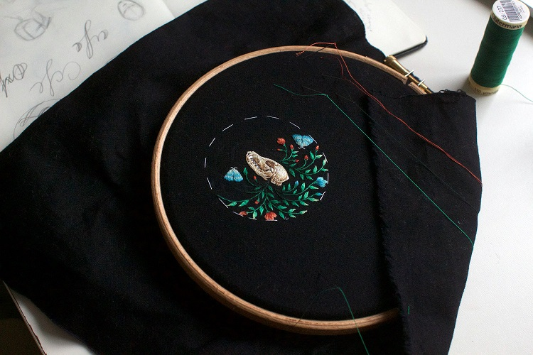 Meticulously-Stitched Embroidered Animals by Chloe Giordano