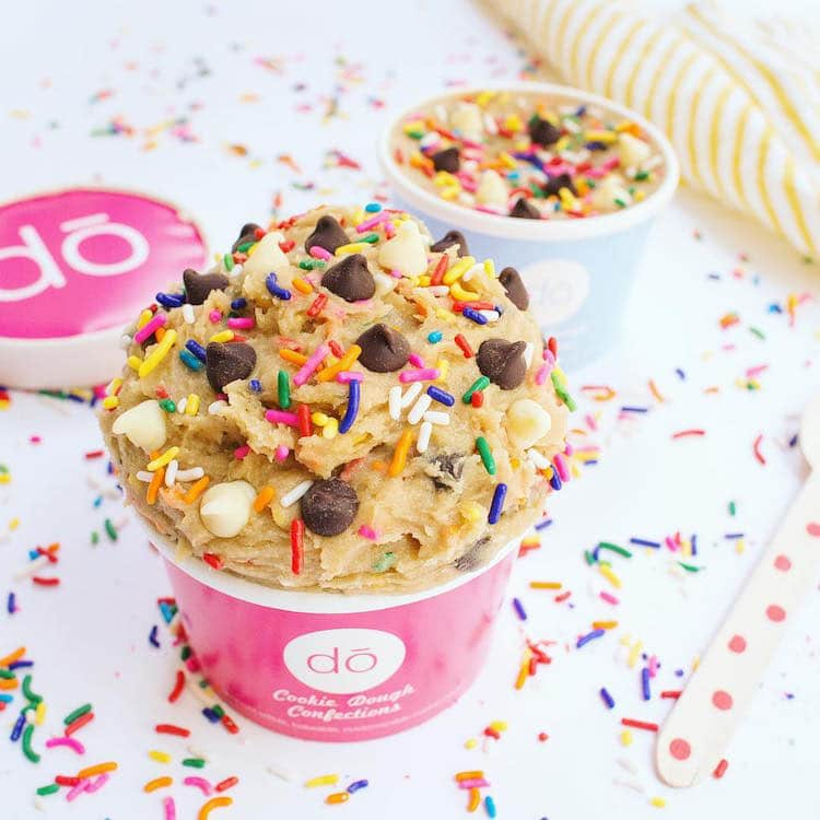 Cookie Dough Shop In New York Serves Tasty Treats Made Of