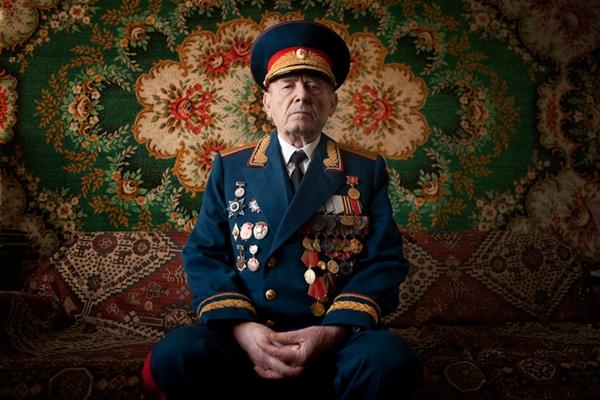 elderly-wwii-veterans-konstantin-suslov-2