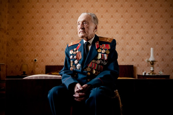 elderly-wwii-veterans-konstantin-suslov-7