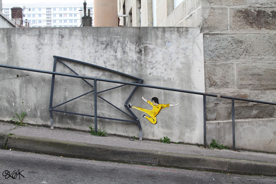 15 Playful Street Artists - Oak Oak using Bruce Lee in street art