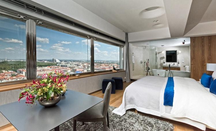 One-Room Hotel at the Tower Park Praha Prague