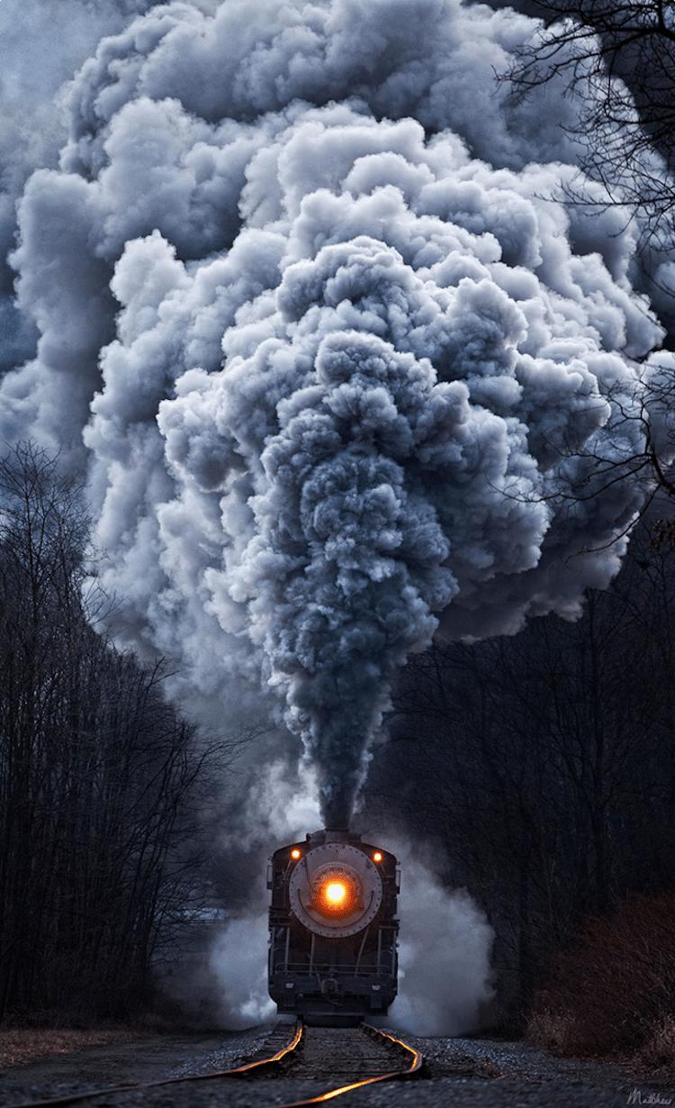 Train Photos Show the Vessels Roaring Through Picturesque Landscapes