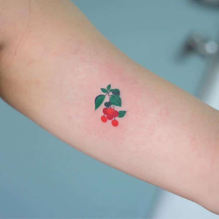 Delicate Tattoos By Zihee Colorfully Adorn The Skin With