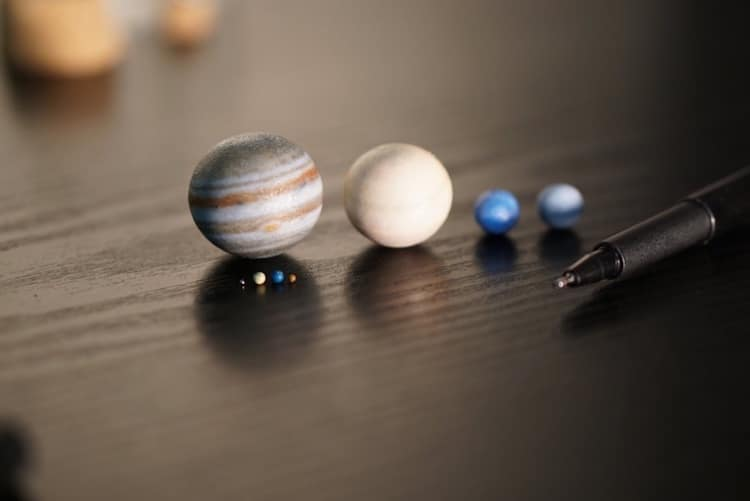 planets size scale model - photo #28