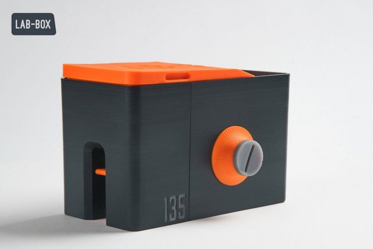 LAB-BOX portable developer for film photography