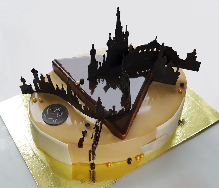Marie Oiseau Artistic Cakes Architectural Pastry Chef