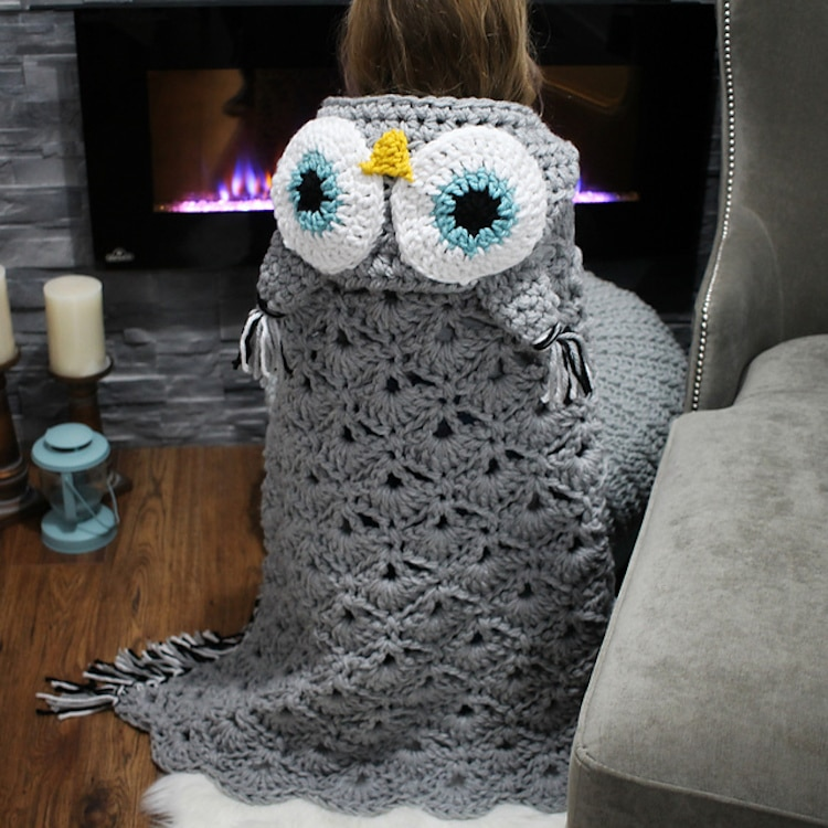 Charming DIY Owl Blanket is Cozy Way to Be a Bird