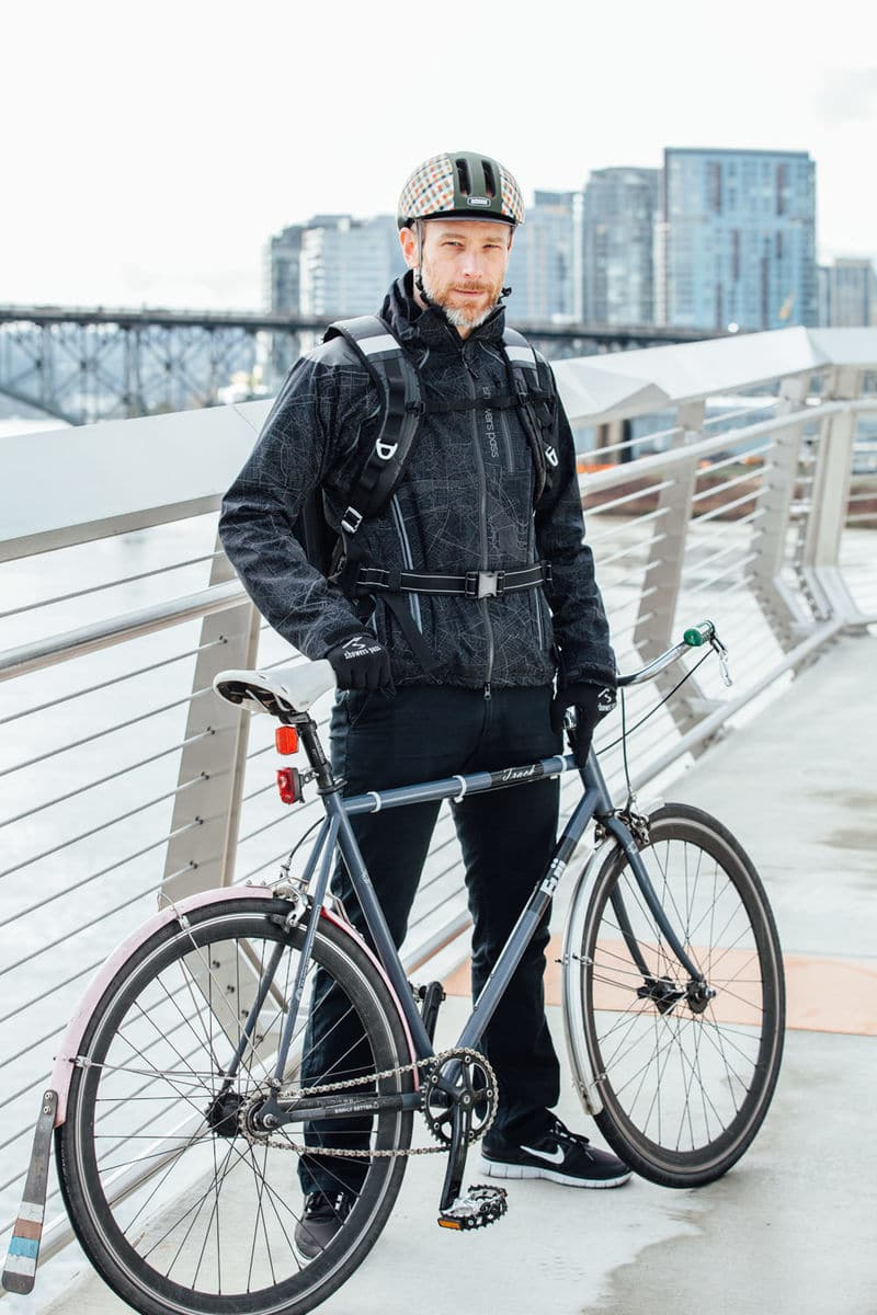 reflective safety jacket for cycling