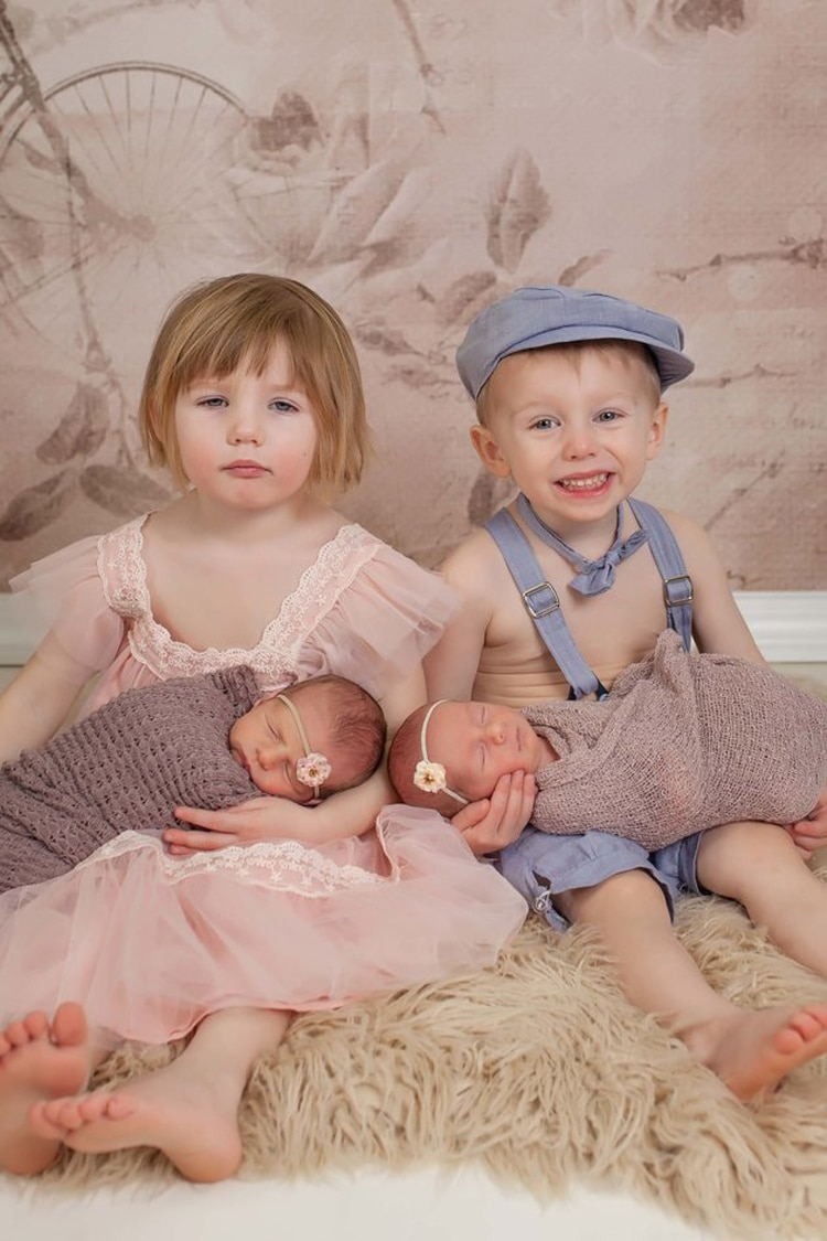 Darling Twin Photography Shows the Beautiful Bonds of Siblings