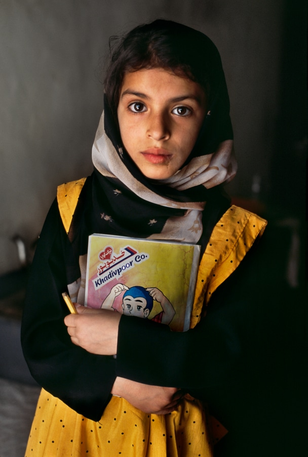 steve mccurry famous portrait photographers
