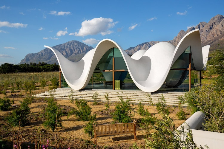 Modern Chapel In South Africa Has Roof That Appears To Take Flight