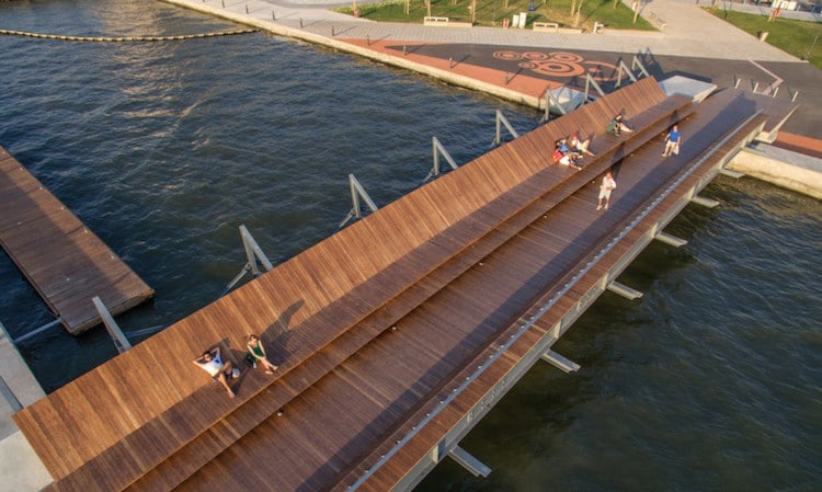 footbridge izmir