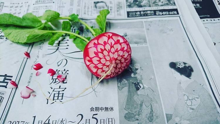 artistic food carving