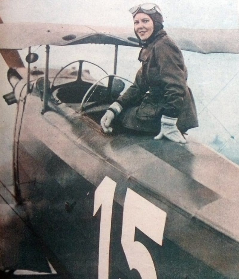 first female fighter pilot