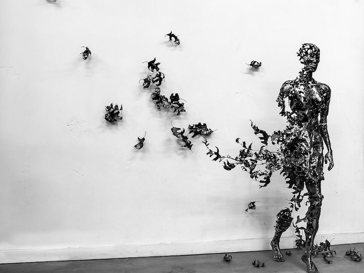 Deconstructed Sculptures Explore The Fragility of the ...