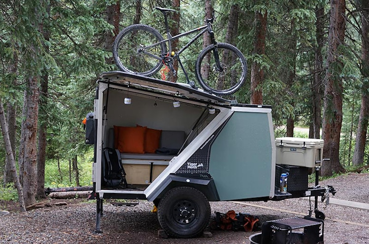 rechargeable camper trailer