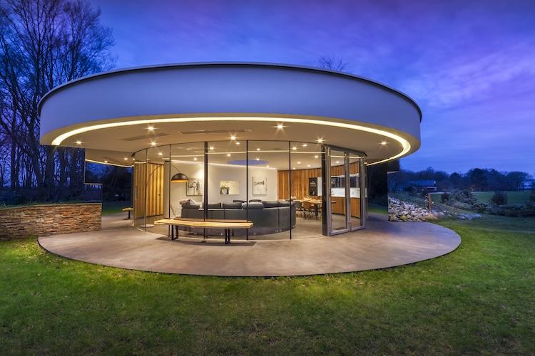 circular villa