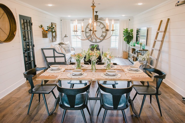 chip and joanna gaines fixer upper barndominium