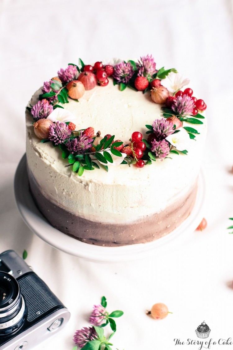 Edible Flower Cakes Let You Enjoy Beautiful Blooms In