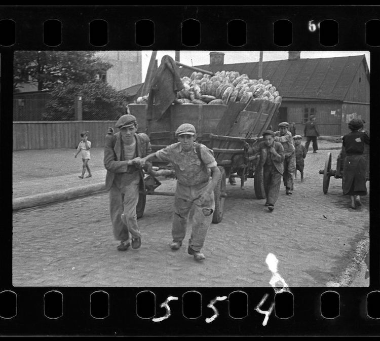 life in the ghetto wwii