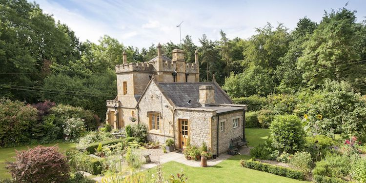 uk castle for sale