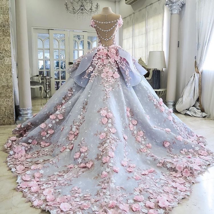 amazing wedding dress cake faithfully recreates a couture gown