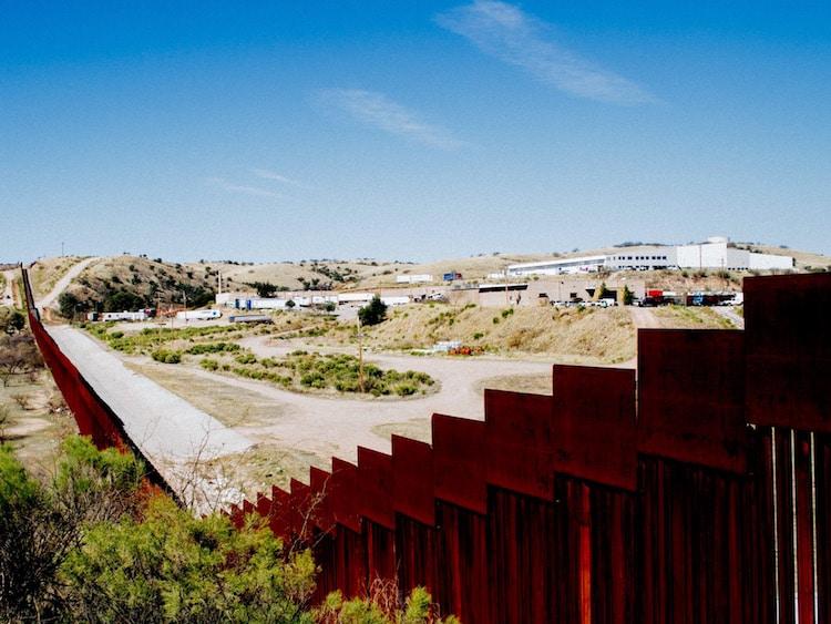 yonathan moya photojournalism on us mexico border