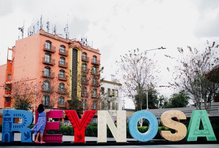 yonathan moya documenting life on the us mexico border