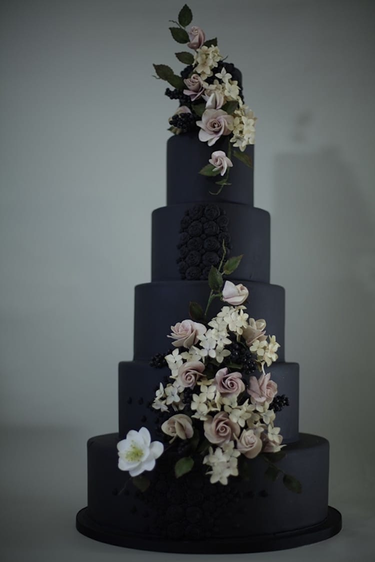 20 dark wedding cakes that add a gothic flair to the special affair. Black Bedroom Furniture Sets. Home Design Ideas